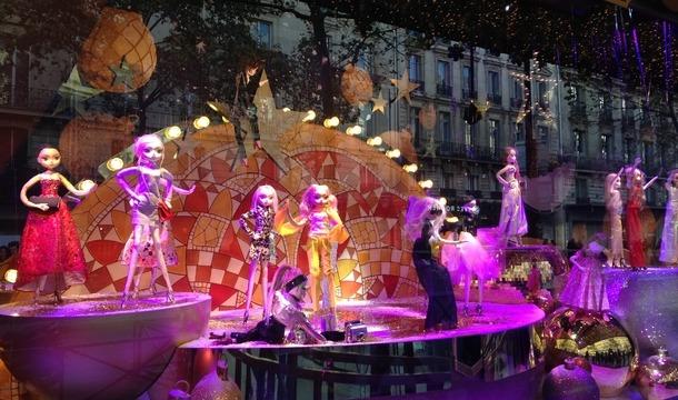 Vitrines de no l des grands magasins grands magasins paris paris 75000 sortir paris - Illumination noel paris 2017 ...
