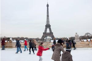 patinoires de noel paris 2018 Eiffel on ice : Patinoire et Village de Noël du Champs de Mars  patinoires de noel paris 2018