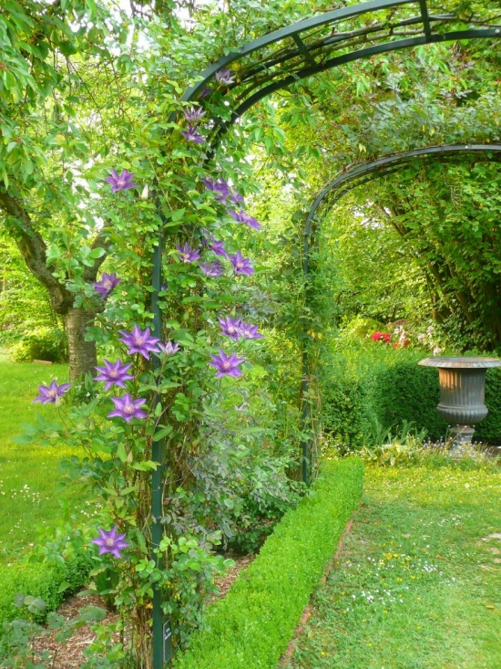 Fl nerie et d tente au jardin rose pivoine rendez vous for Jardin bioves 2015