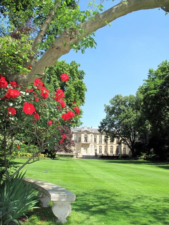 Ouverture des jardins de l 39 h tel matignon rendez vous for Jardin des ursulines 2015