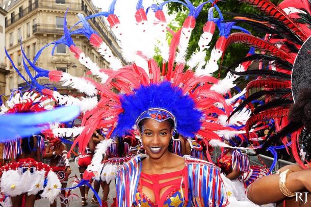 Carnaval Tropical De Paris Champs Elysées à Paris Paris 75008 Sortir à Paris Le Parisien Etudiant