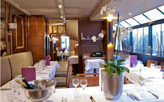 Le village neuilly neuilly sur seine restaurant for Le jardin restaurant neuilly